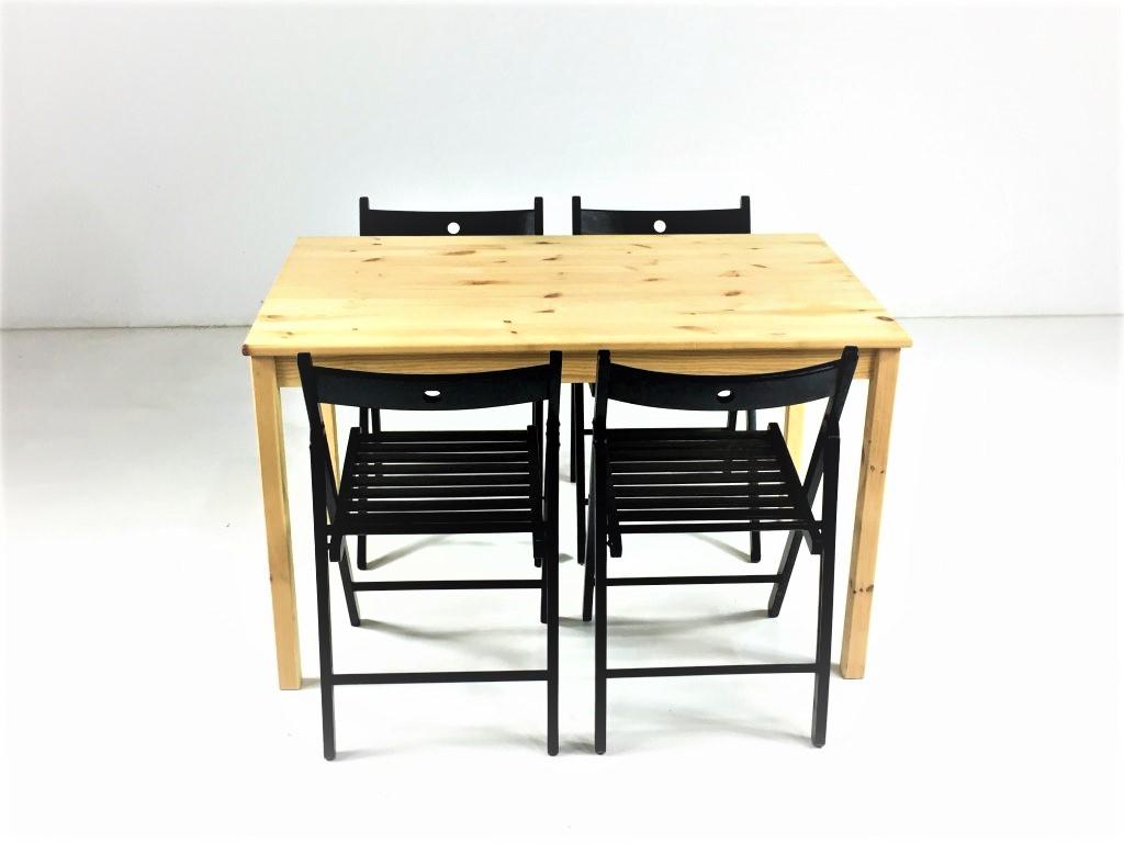 Aluguer-Mesa-Pinho-e-Cadeira-Dobrável.-Magnezya-Event-Support