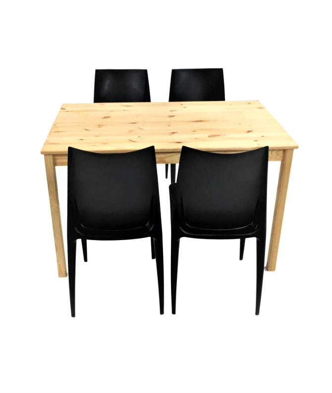 Aluguer Mesa Pinho e Cadeira Plástica Preto. Alugar Eventos. Magnezya Event Support