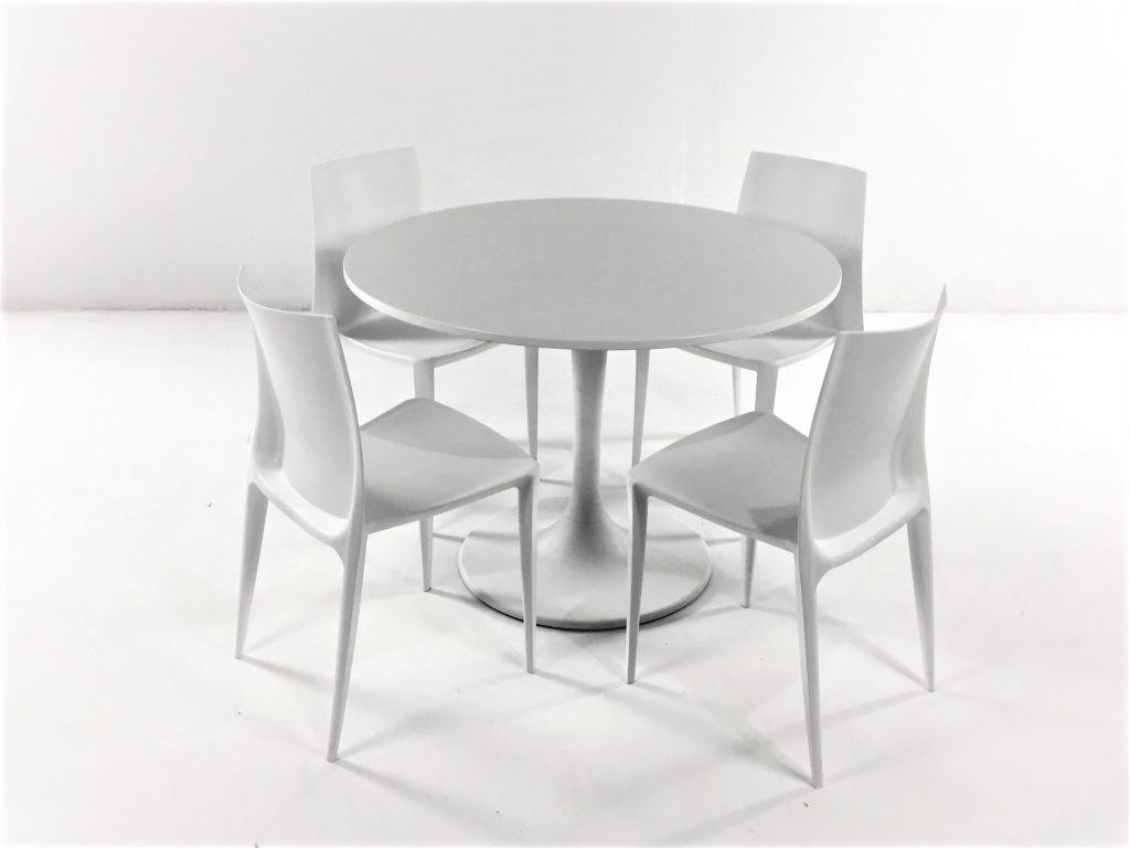 Aluguer-Mesa-Tulipa-e-Cadeira-Plástica.-Alugar-Evento.-Magnezya-Event-Support